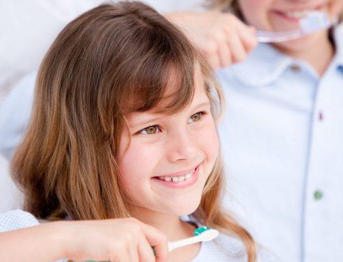 La primera visita al dentista y la importancia de prevenir desde la infancia