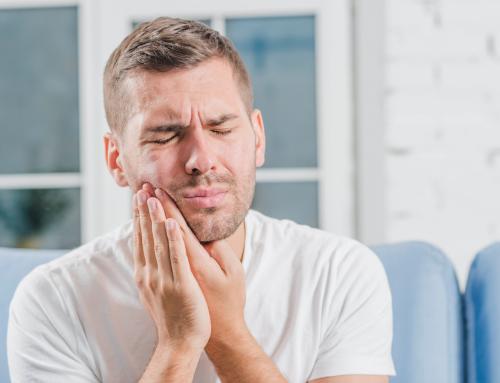 Bruxismo: cuando apretar los dientes es un problema que hay solucionar